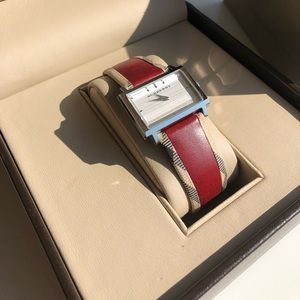 Burberry Nova Check Piping Leather Band Watch